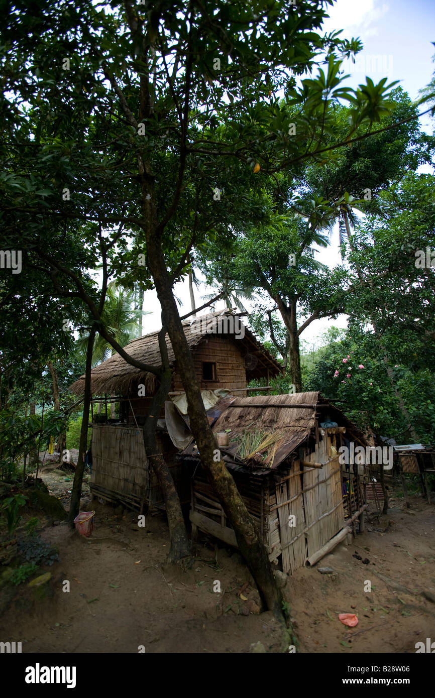A Mangyan home in the Panaytayan community near Mansalay, Oriental Mindoro, Philippines. - Stock Image