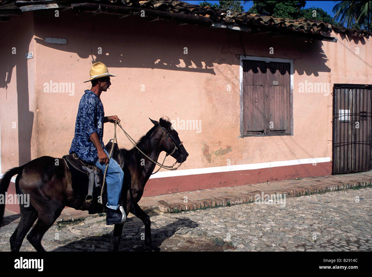 Local transport in Trinidad cuba Date 23 04 2008 Ref ZB955 113876 0001 COMPULSORY CREDIT World Pictures Photoshot - Stock Image