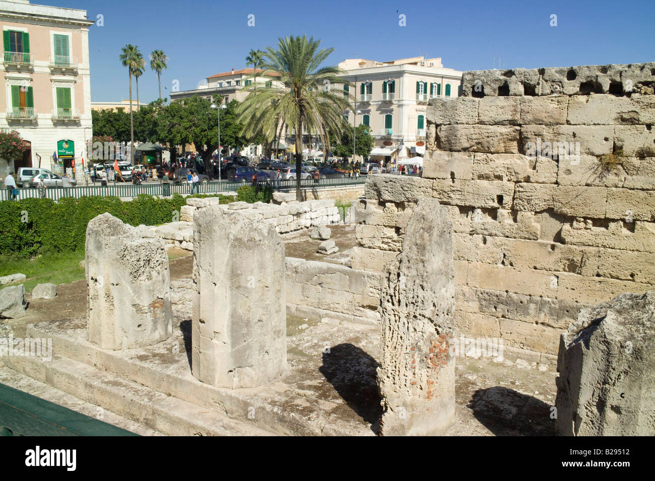 Temple of Apollo Syracusa Sicily Date 28 05 2008 Ref ZB693 114320 0030 COMPULSORY CREDIT World Pictures Photoshot - Stock Image