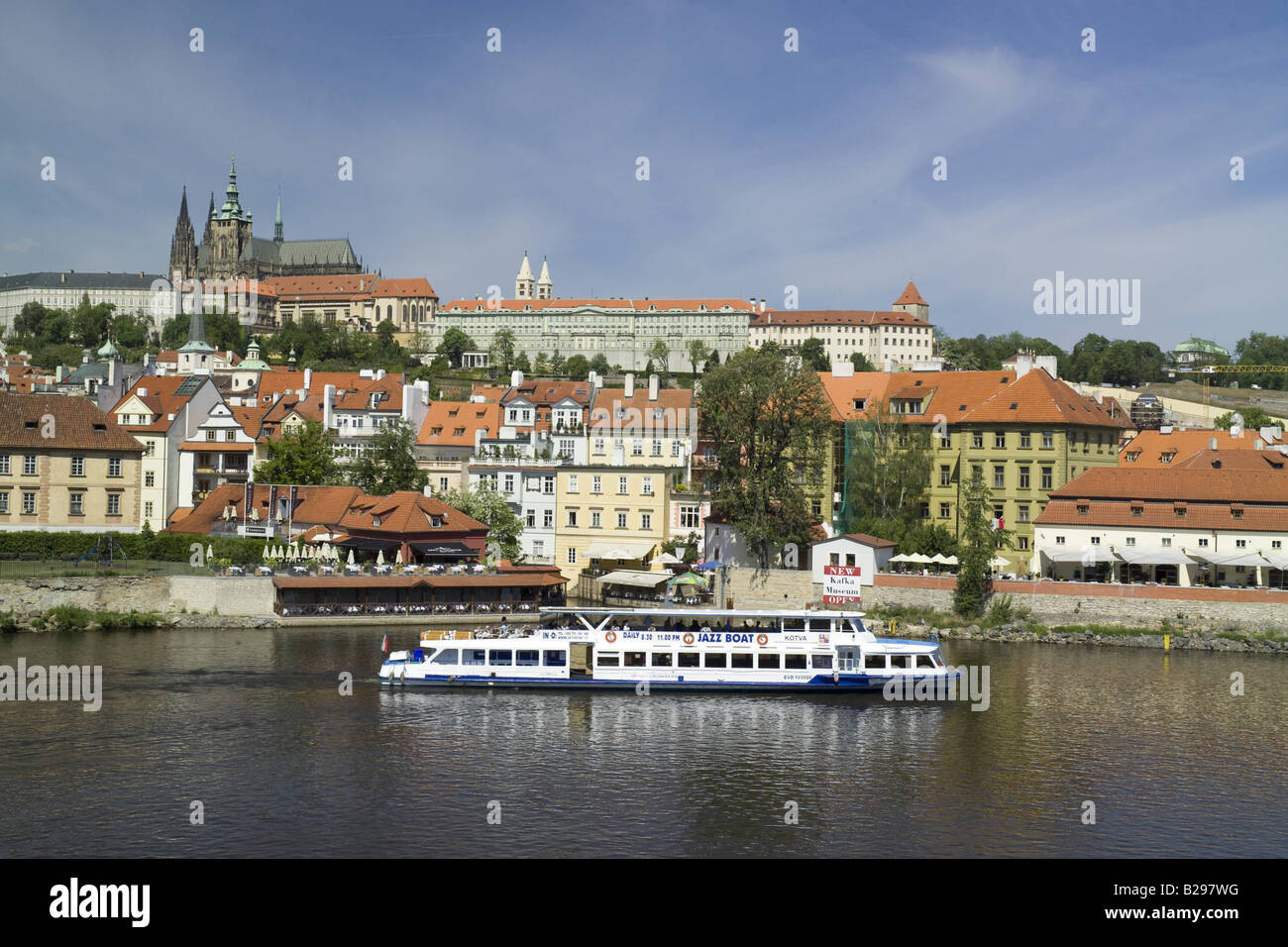 River Vltava Prague Ref WP TARU 000728 015 Date COMPULSORY CREDIT World Pictures Photoshot - Stock Image