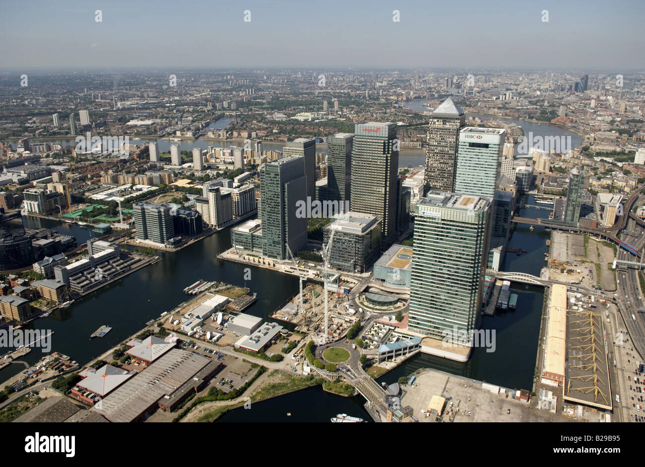 Canary Wharf Date 12 03 2008 Ref ZB648 111149 0016 COMPULSORY CREDIT World Pictures Photoshot - Stock Image
