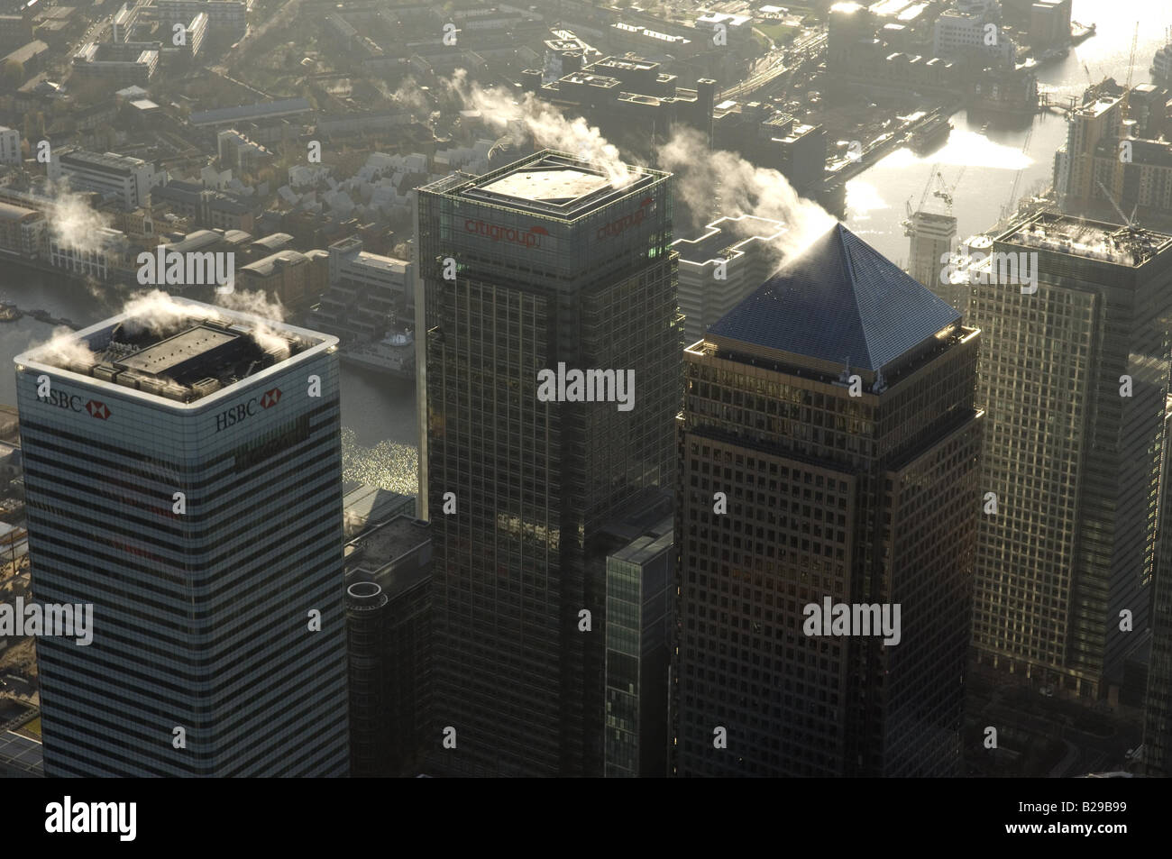 Canary Wharf Date 12 03 2008 Ref ZB648 111149 0018 COMPULSORY CREDIT World Pictures Photoshot - Stock Image
