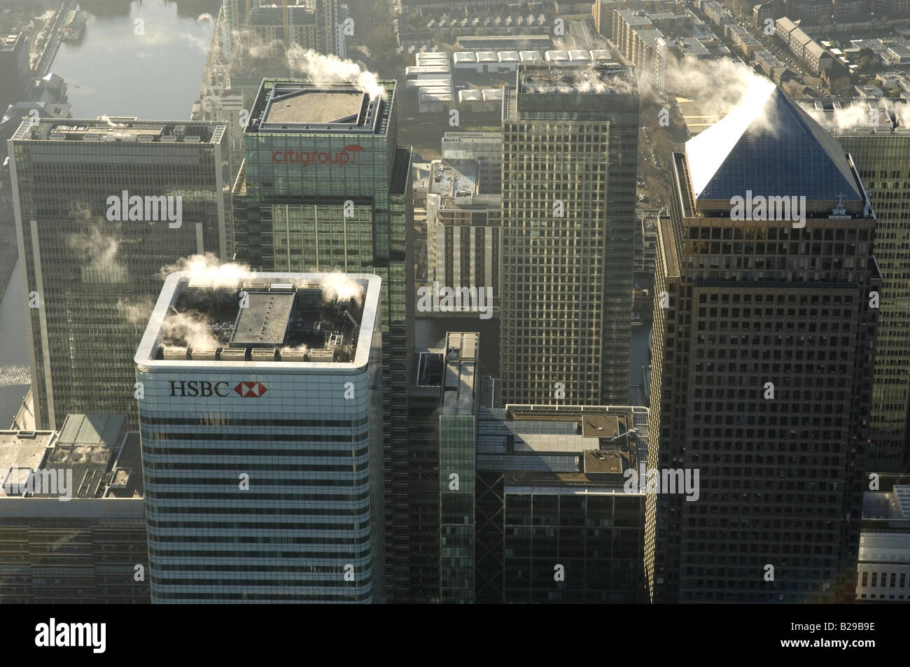 Canary Wharf Date 12 03 2008 Ref ZB648 111149 0020 COMPULSORY CREDIT World Pictures Photoshot - Stock Image