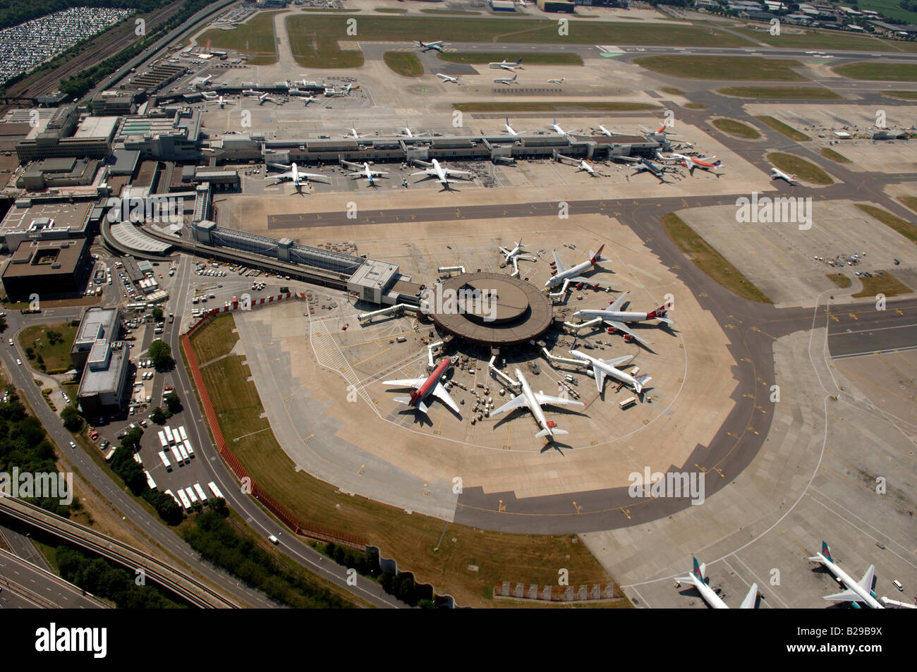 Gatwick Airport Date 12 03 2008 Ref ZB648 111149 0025 COMPULSORY CREDIT World Pictures Photoshot - Stock Image
