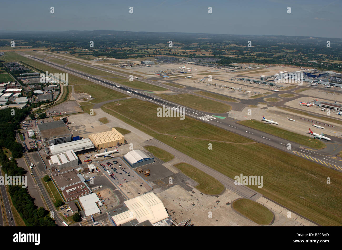 Gatwick Airport Date 12 03 2008 Ref ZB648 111149 0031 COMPULSORY CREDIT World Pictures Photoshot - Stock Image
