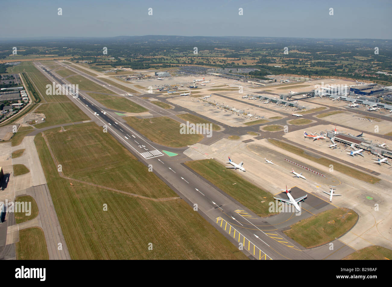 Gatwick Airport Date 12 03 2008 Ref ZB648 111149 0032 COMPULSORY CREDIT World Pictures Photoshot - Stock Image