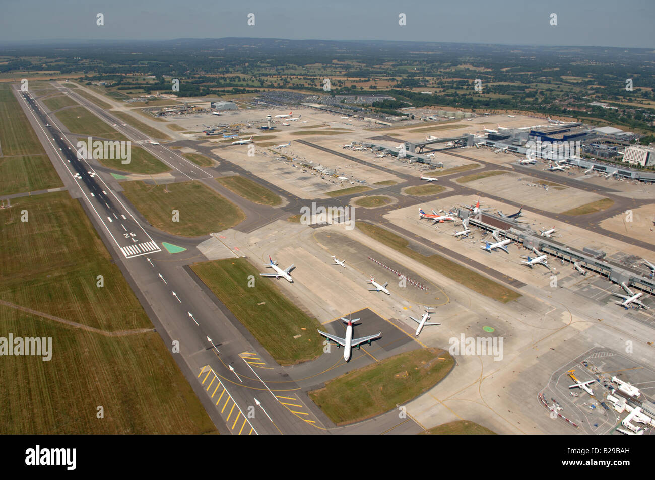 Gatwick Airport Date 12 03 2008 Ref ZB648 111149 0033 COMPULSORY CREDIT World Pictures Photoshot - Stock Image