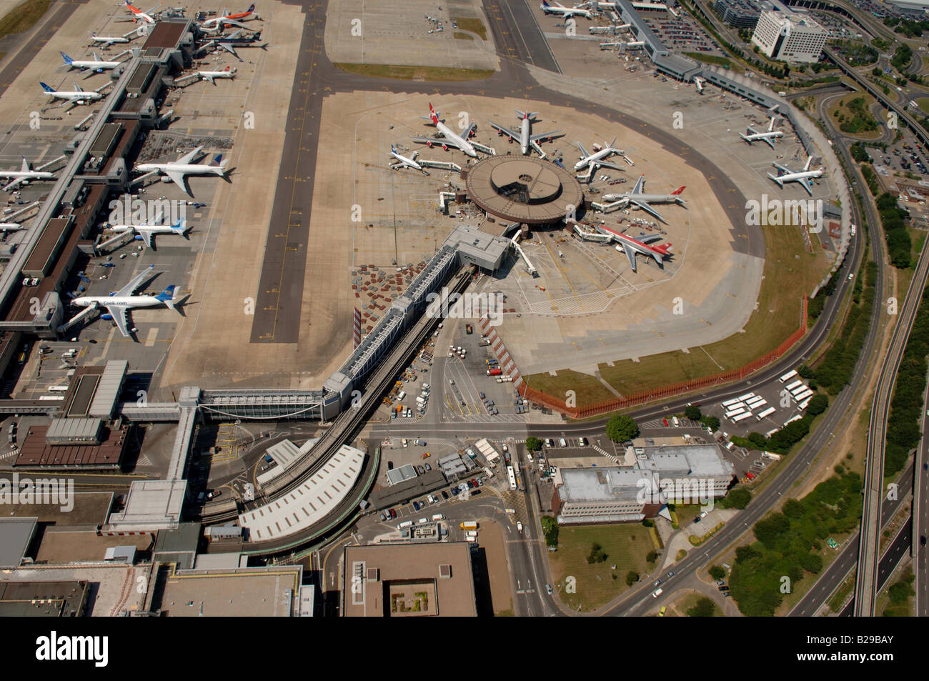 Gatwick Airport Date 12 03 2008 Ref ZB648 111149 0037 COMPULSORY CREDIT World Pictures Photoshot - Stock Image