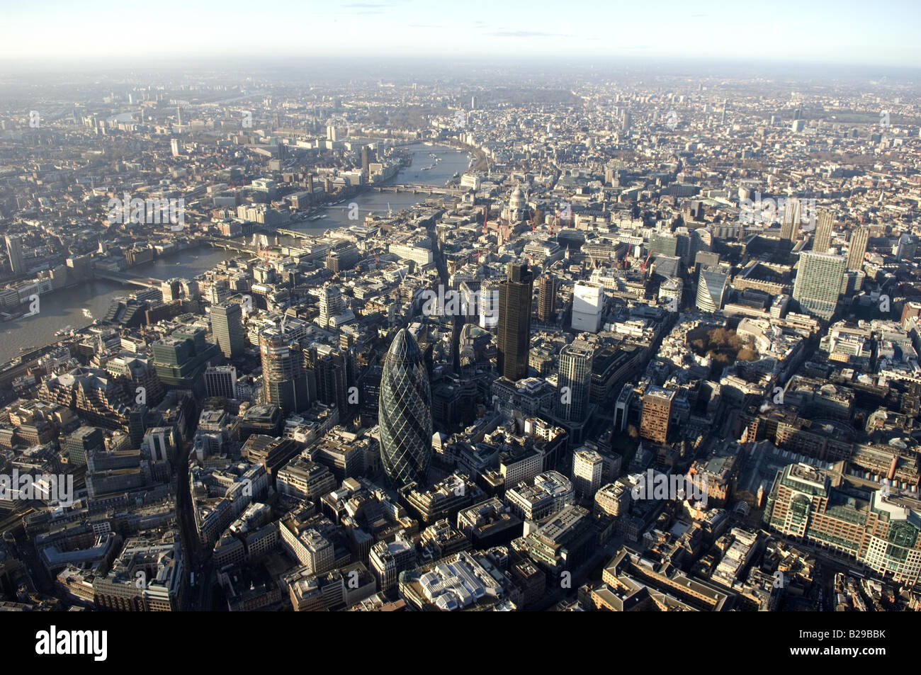 London City and Financial District Date 12 03 2008 Ref ZB648 111149 0045 COMPULSORY CREDIT World Pictures Photoshot - Stock Image