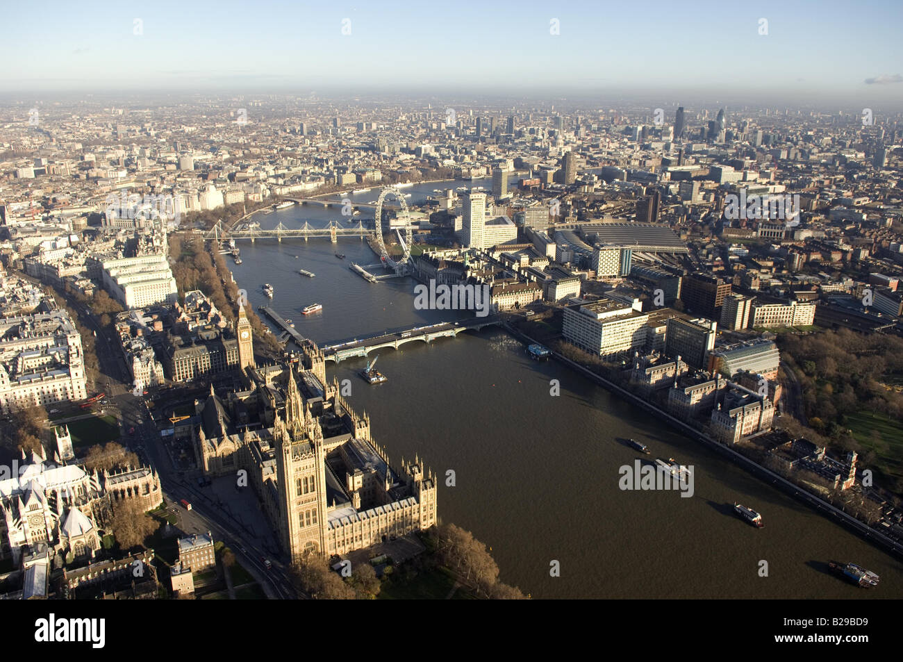 Westminster and Thames Date 12 03 2008 Ref ZB648 111149 0062 COMPULSORY CREDIT World Pictures Photoshot - Stock Image