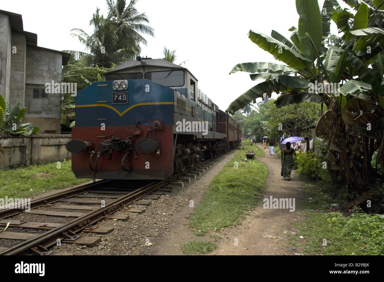 Galle to Colombo Railway Sri Lanka Date 20 04 2008 Ref ZB648 115261 0054 COMPULSORY CREDIT World Pictures Photoshot - Stock Image