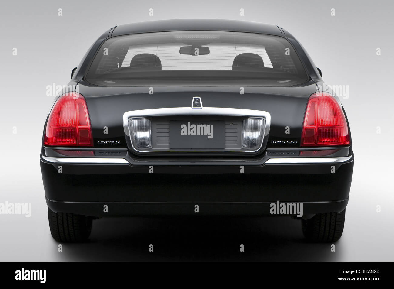 2008 Lincoln Town Car Signature Limited In Black Low Wide Rear
