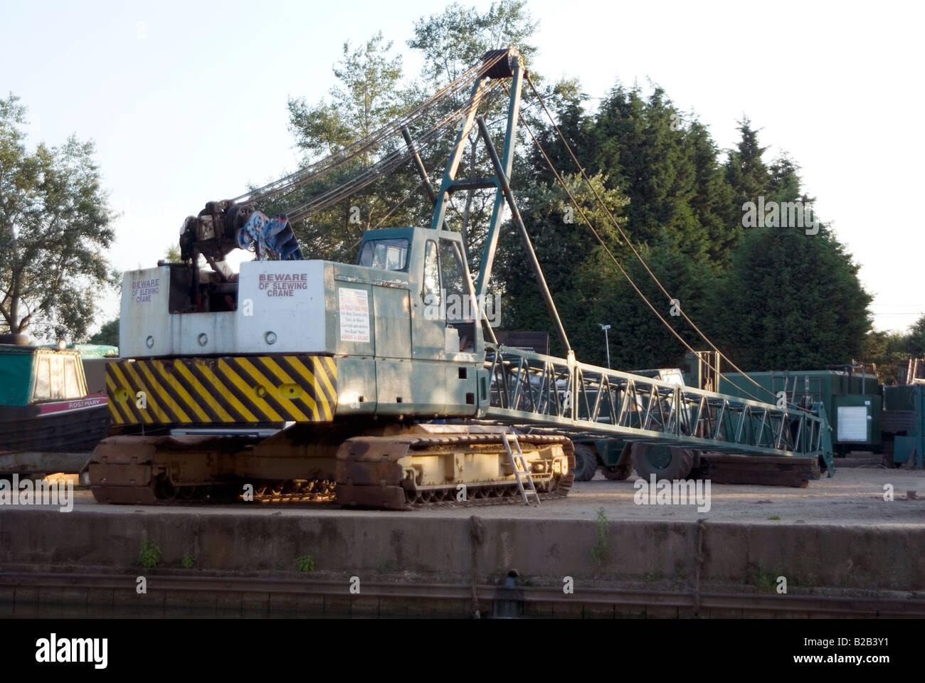 Crane accident on 23 July 2008 at Willowbridge Marina Stoke Road Bletchley Milton Keynes MK2 3JZ on the Grand Union Stock Photo