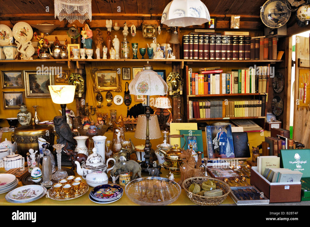 Various things, Auer Dult, traditional market in Munich, Bavaria, Germany, Europe - Stock Image