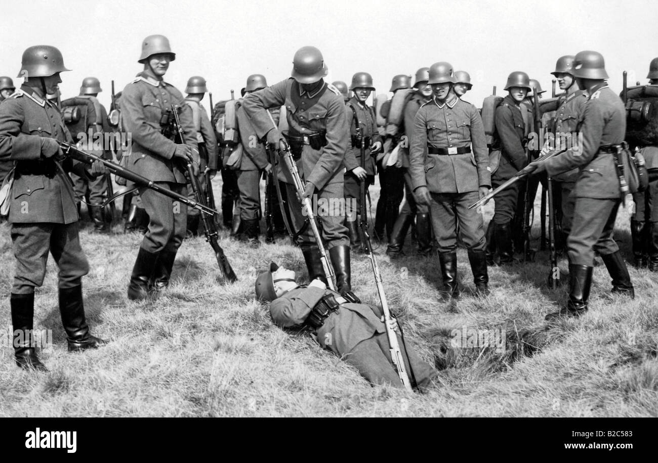 Reichswehr, Army of the Reich manoeuvre, historical photo - Stock Image
