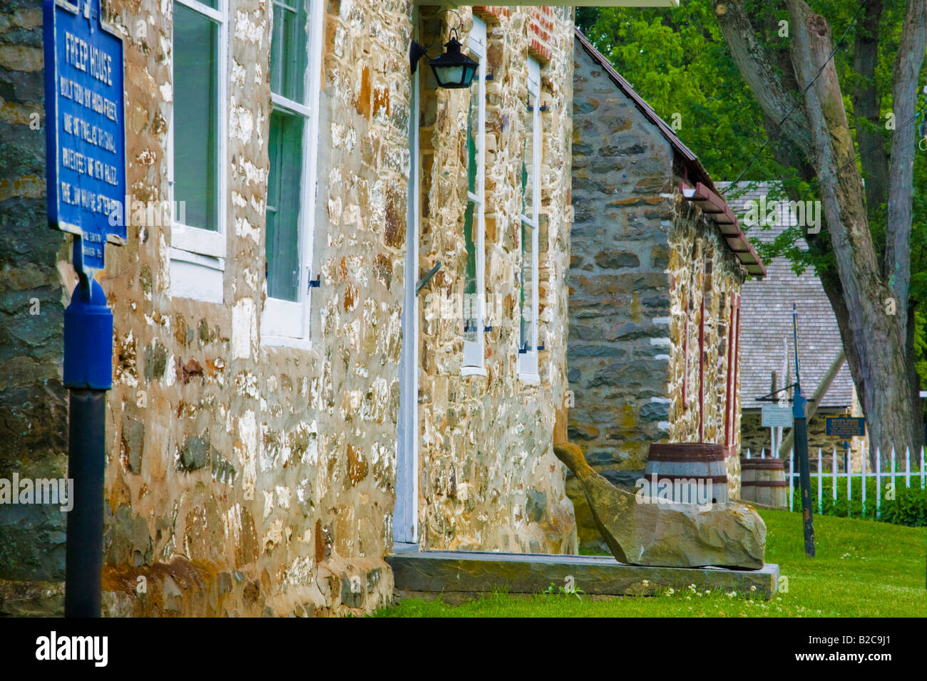 Limestone houses on Huguenot Street New Paltz New York - Stock Image