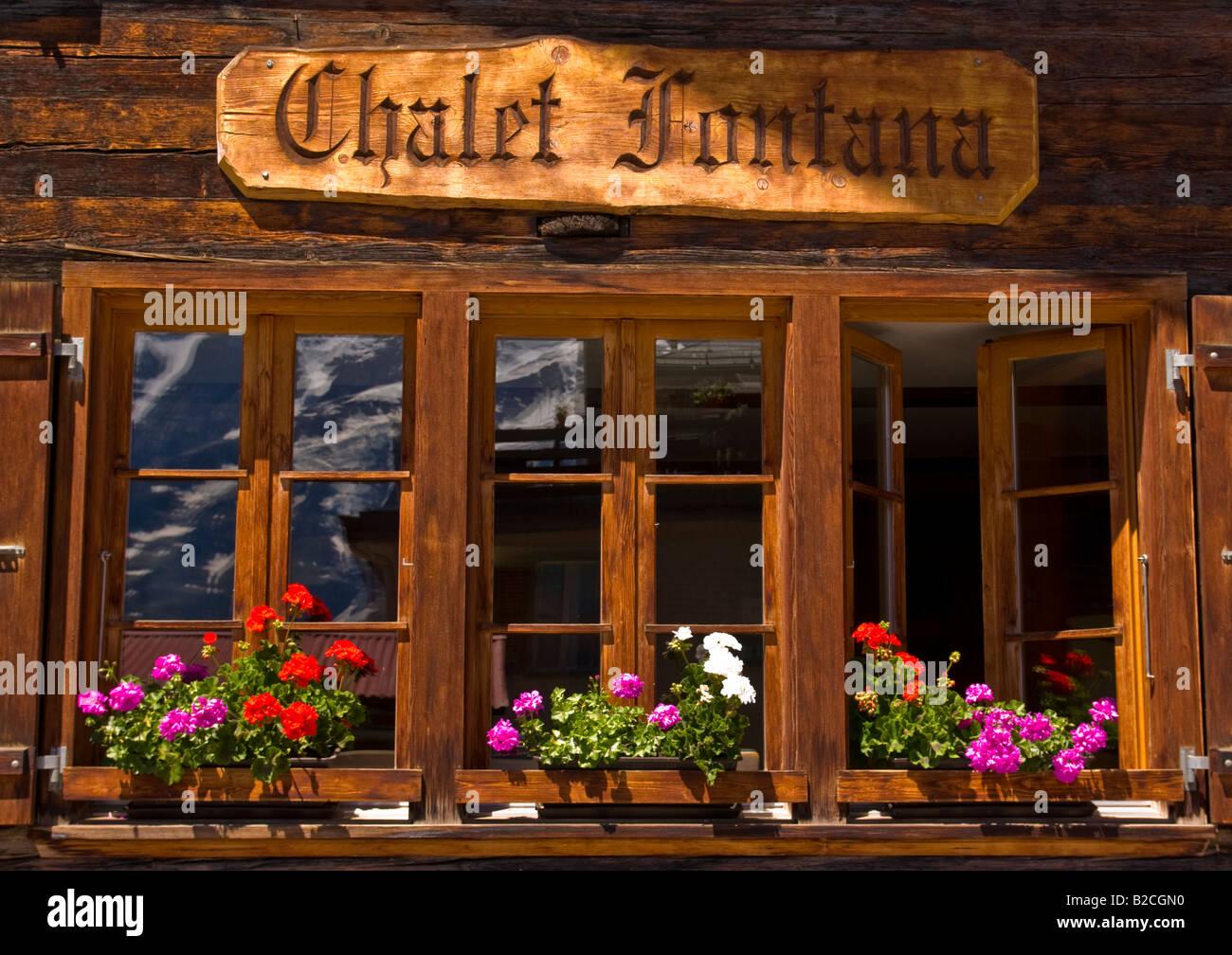 Typical chalet, Murren, Switzerland - Stock Image