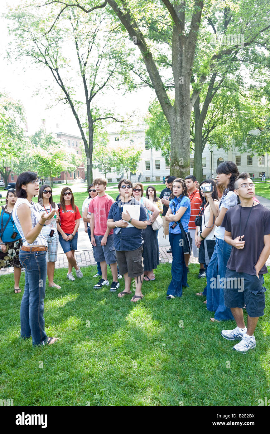 parents and prospective students on student-led admissions office tour of Harvard University - Stock Image