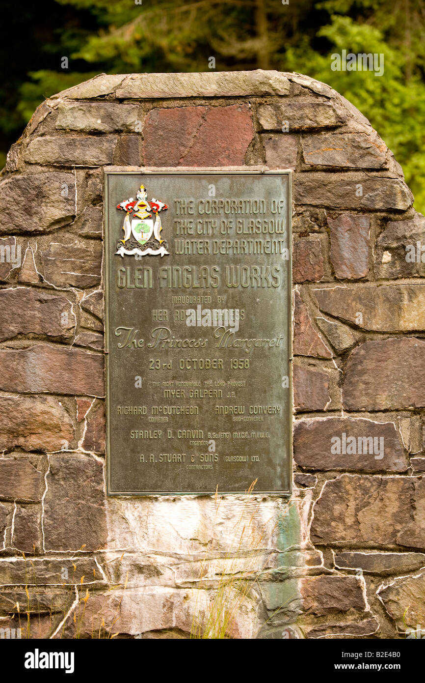 Memorial to the opening of Glen Finglas Water Works on Loch Katrine - Stock Image