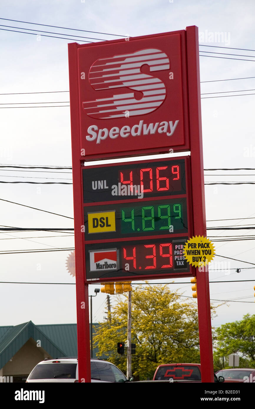 Speedway Gas Prices Near Me >> Gas Prices On Display At A Gas Station In Lansing Michigan