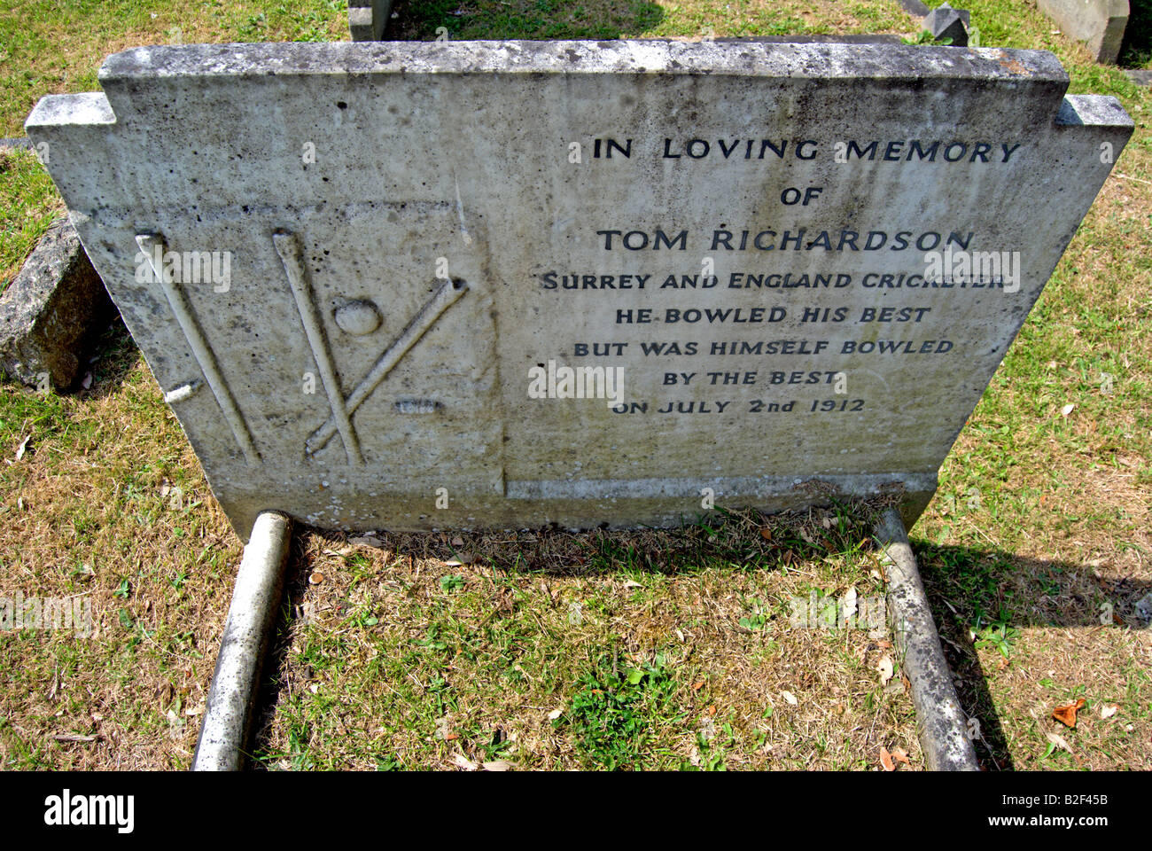 headstone of surrey and england cricketer tom