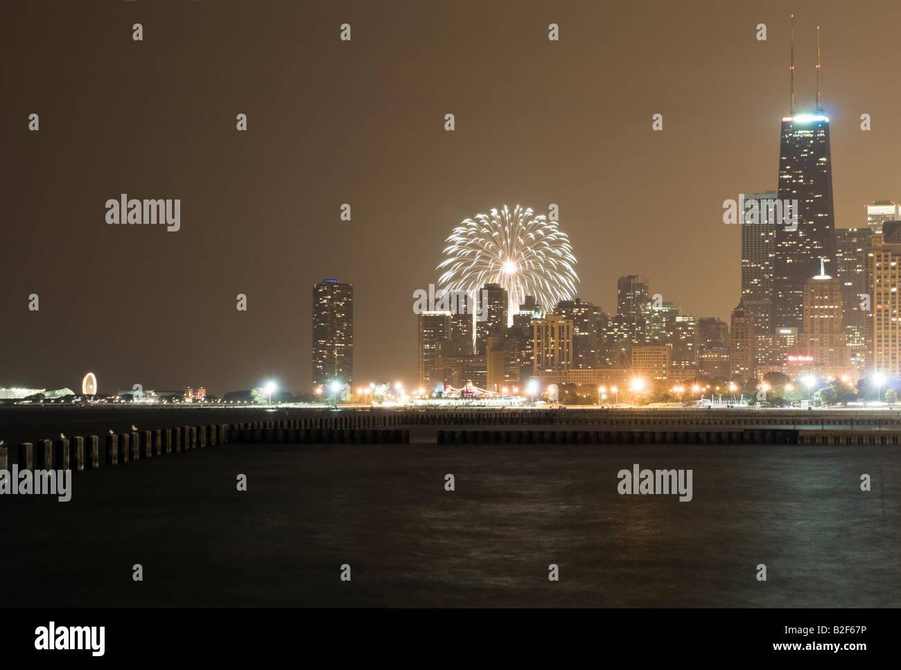 Lakefront Chicago Illinois Navy Pier Stock Photos & Lakefront ...
