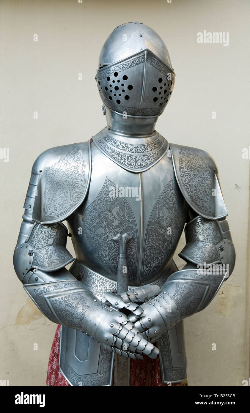 Knight Suit Of Armor Stock Photos & Knight Suit Of Armor Stock ...