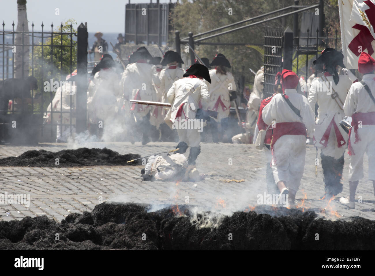 The Batallon de Canarias chase the English troops during a reenactment of the 1797 battle of Santa Cruz Stock Photo