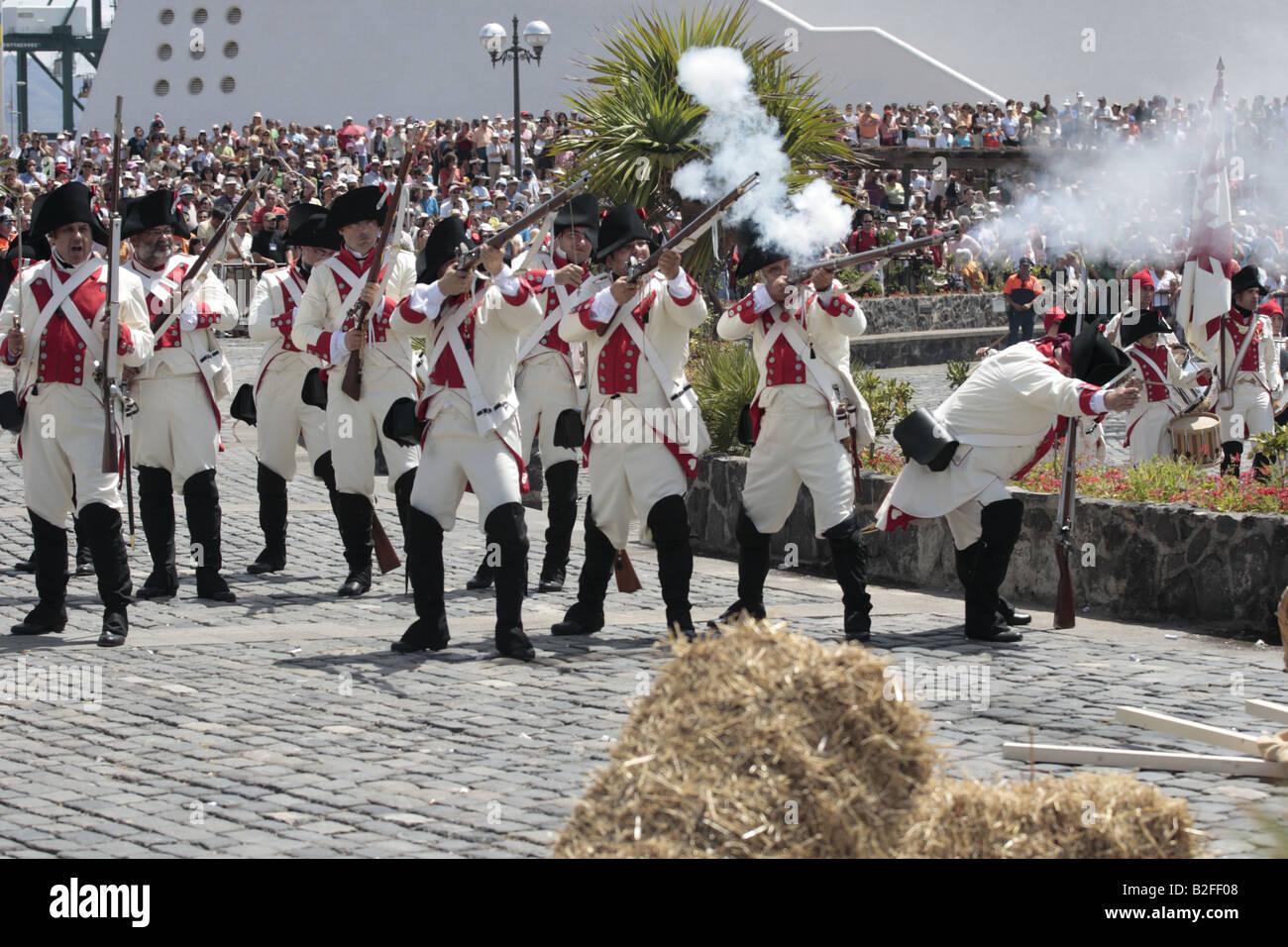 The Batallon de Canarias prepare to charge during a reenactment of the 1797 battle of Santa Cruz, Tenerife Stock Photo