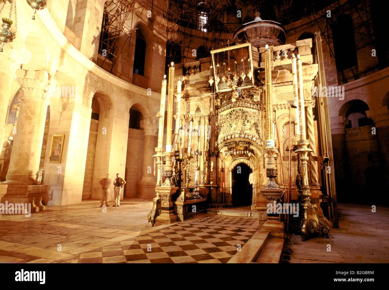 edicule inside the church of holy sepulchre jerusalem - Stock Image