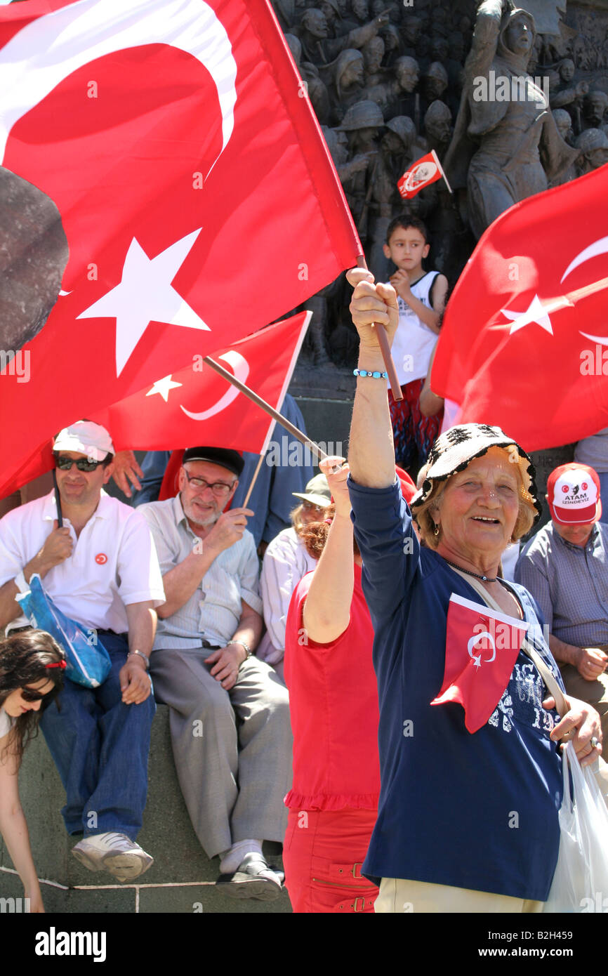 people are marching with Turkish flags in the pro secular rally in izmir Turkey 13th of may 2007 - Stock Image