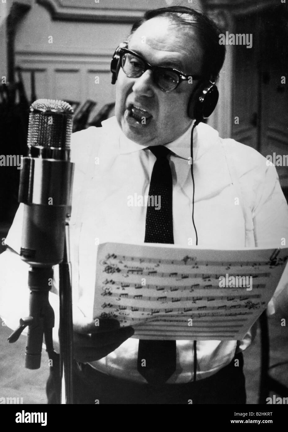Erhardt, Heinz, 20 2 1909 - 5 6 1979, German actor, half length