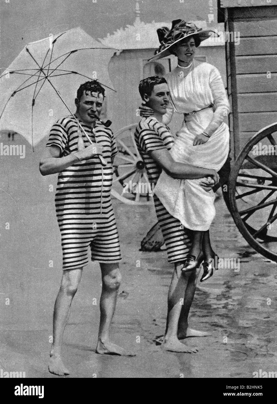 bathing, fashion, Ostend, circa 1900, Additional-Rights-Clearances-NA