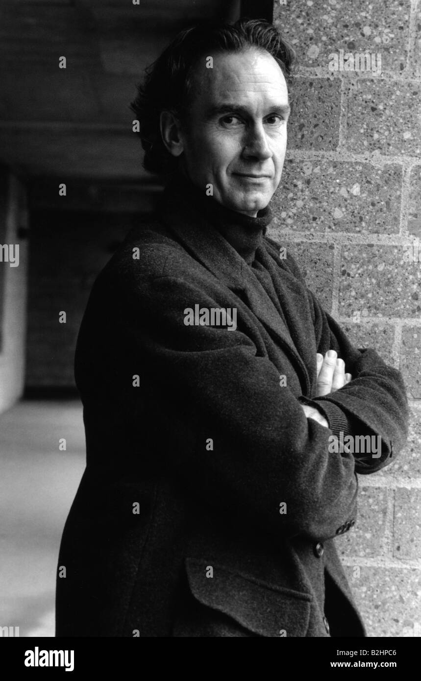 Evans, Nicholas, * 26.7.1950, English journalist and author / writer, half length, 1998, Additional-Rights-Clearances - Stock Image