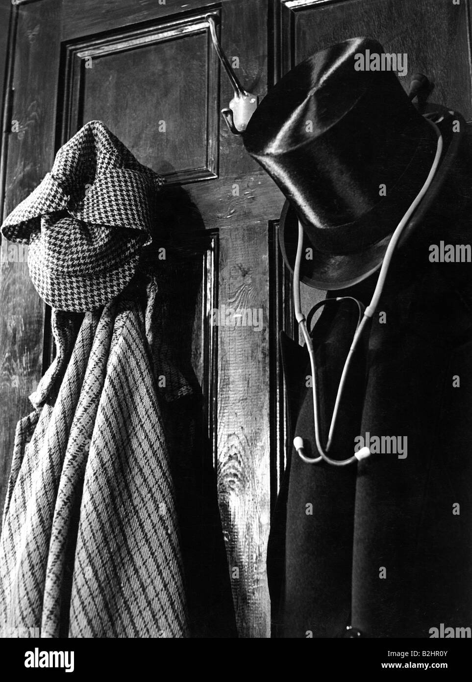 Sherlock Holmes, hero of novel, by Sir Arthur Conan Doyle, garment of Sherlock Holmes and Dr. Watson, Additional - Stock Image