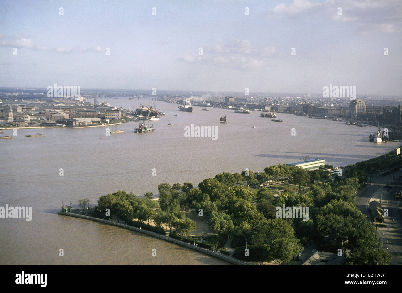 geography / travel, China, Shanghai, city views / cityscapes, view with Pearl River, 1965, Additional-Rights-Clearances - Stock Image