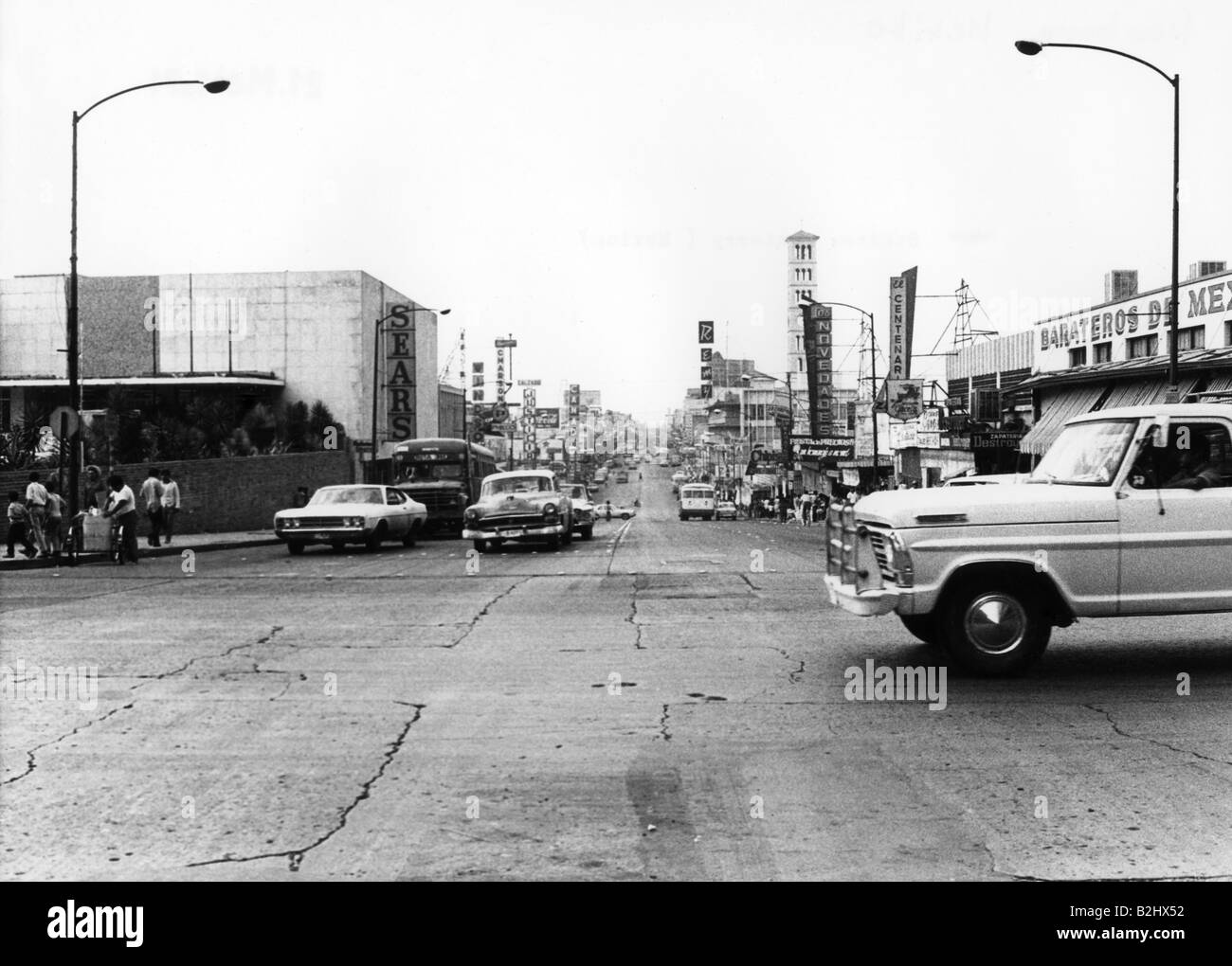 geography / travel, Mexico, Monterrey, street scenes, cross, 1971, Additional-Rights-Clearances-NA - Stock Image