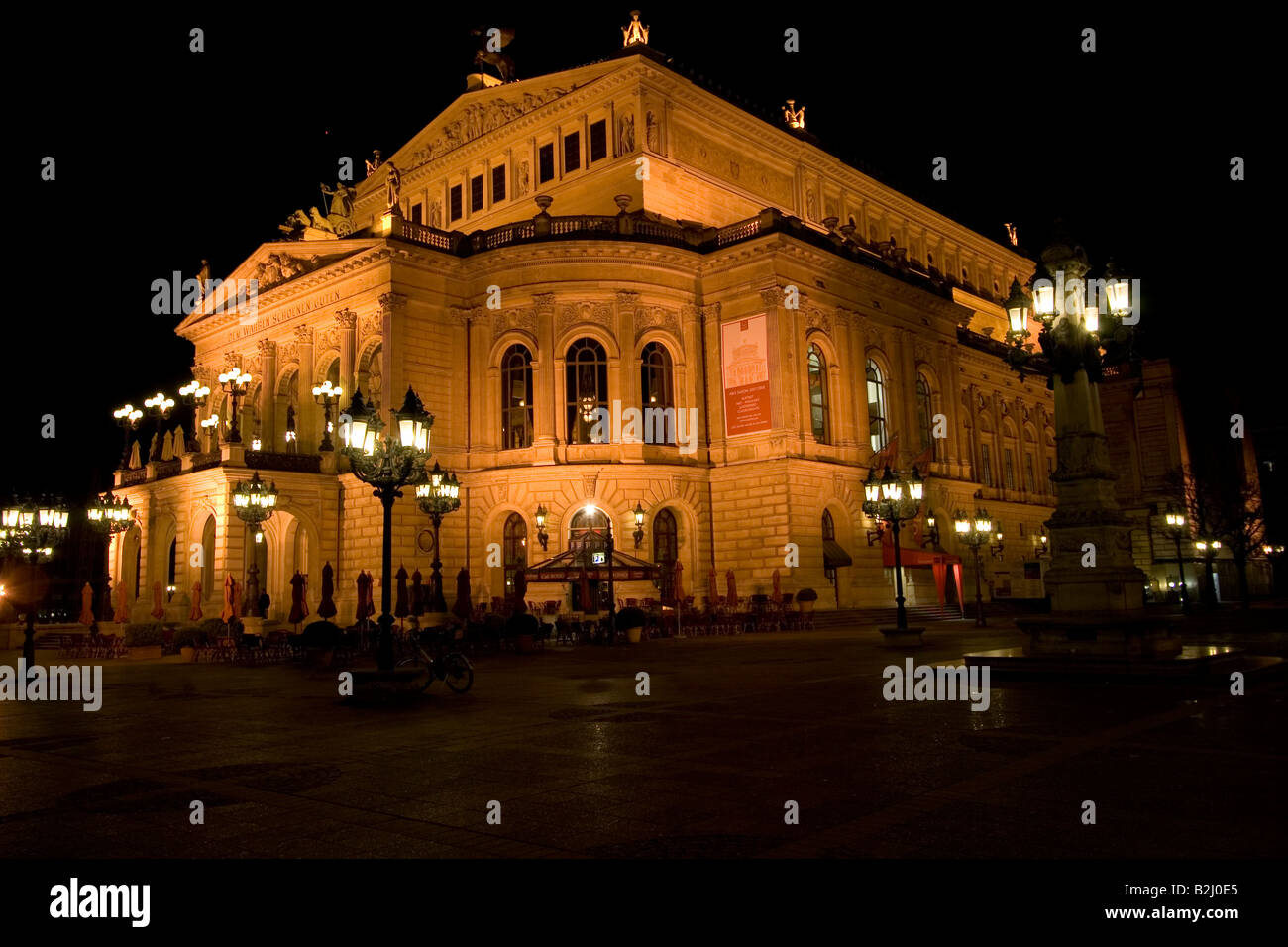 opera frankfurt am main evening illuminated architecture hesse stock photo 18835213 alamy. Black Bedroom Furniture Sets. Home Design Ideas