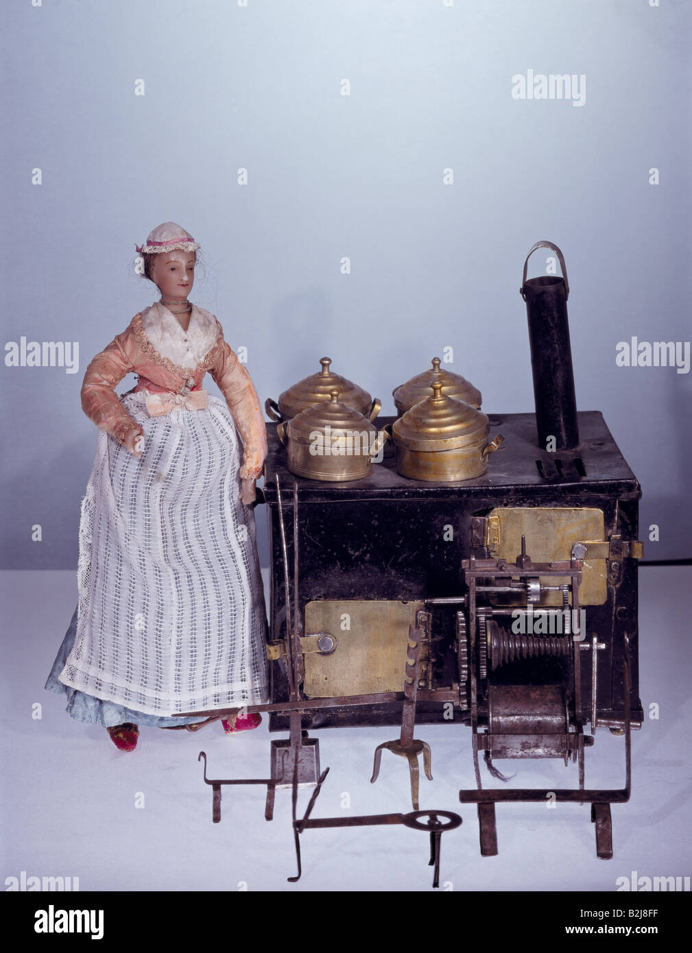 toys, dolls, dollhouse, kitchen, cooker, sheet metal and brass, Nuremberg, circa 1790/1795, Additional-Rights-Clearances - Stock Image