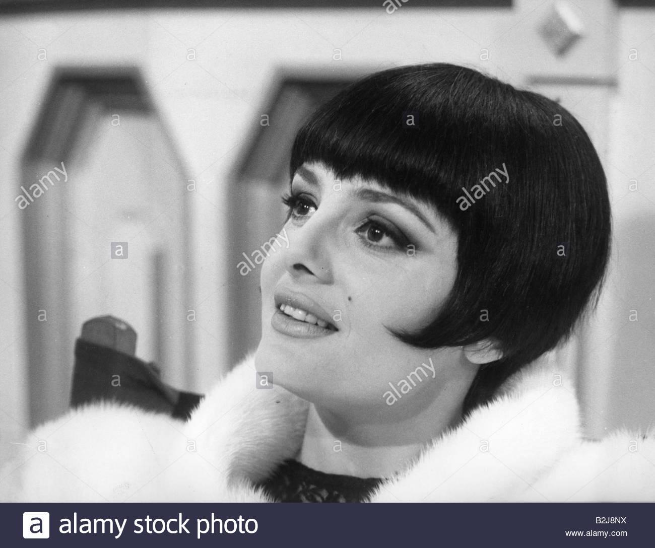 "Podesta, Rossana, * 20.6.1934, Italien actress, portrait, during making-of, movie, ""Seven Golden Men"", (Sette uomini Stock Photo"