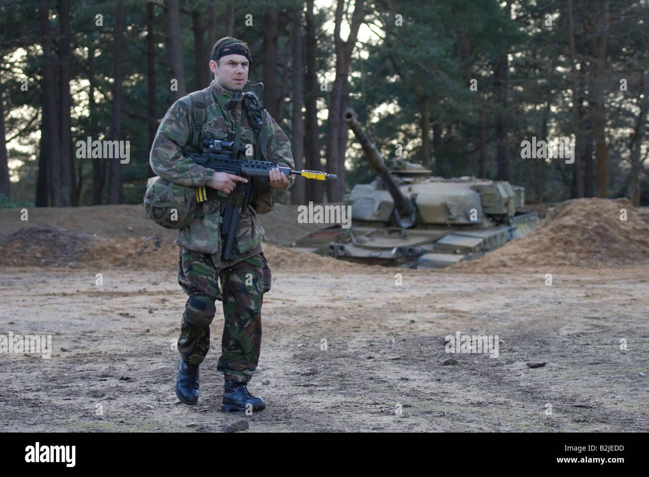 RAF Regiment recruit on training excercise - Stock Image