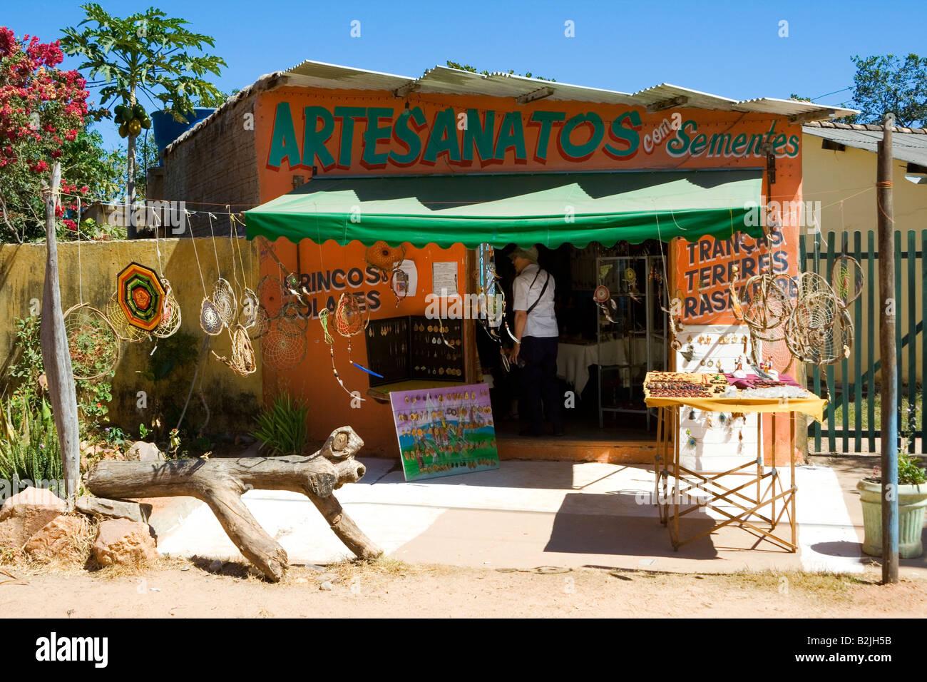 Art Crafts Shop, Povoado de São Jorge, Veadeiros Tableland, Goiás, Brazil, South America - Stock Image