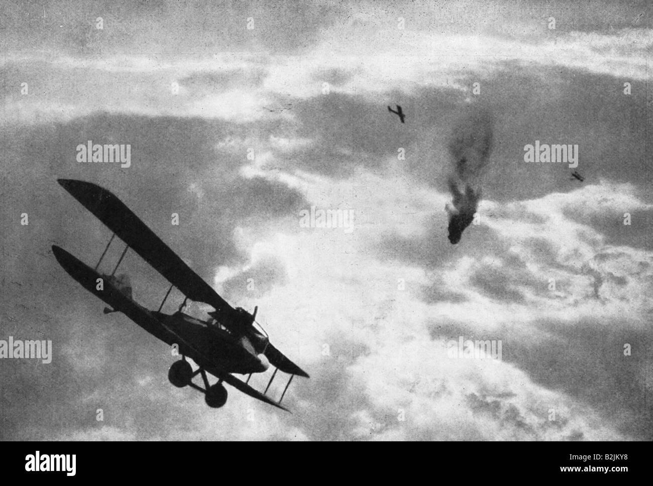 events, First World War / WWI, aerial warfare, German fighter downing a French balloon, France, circa 1916, Additional - Stock Image