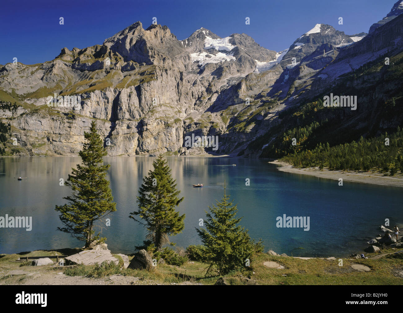 geography / travel, Switzerland, Berne, landscapes, Oeschinen Lake, Blumlisalp Range, Additional-Rights-Clearance - Stock Image