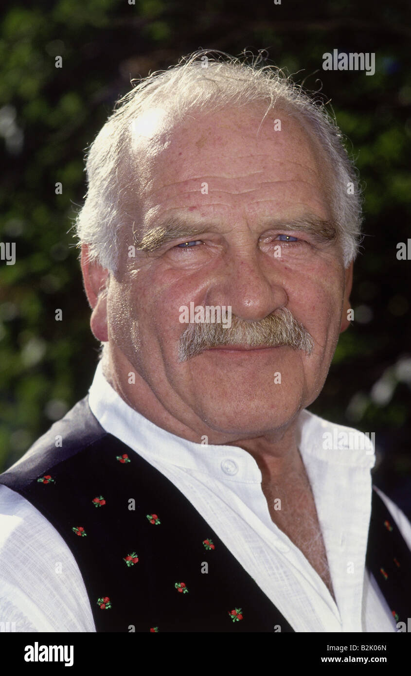 Steiner, Peter, 6.9.1927 - 22.12.2008, German actor, portrait, PR photo for TV series 'Stanglwirt', Munich, - Stock Image