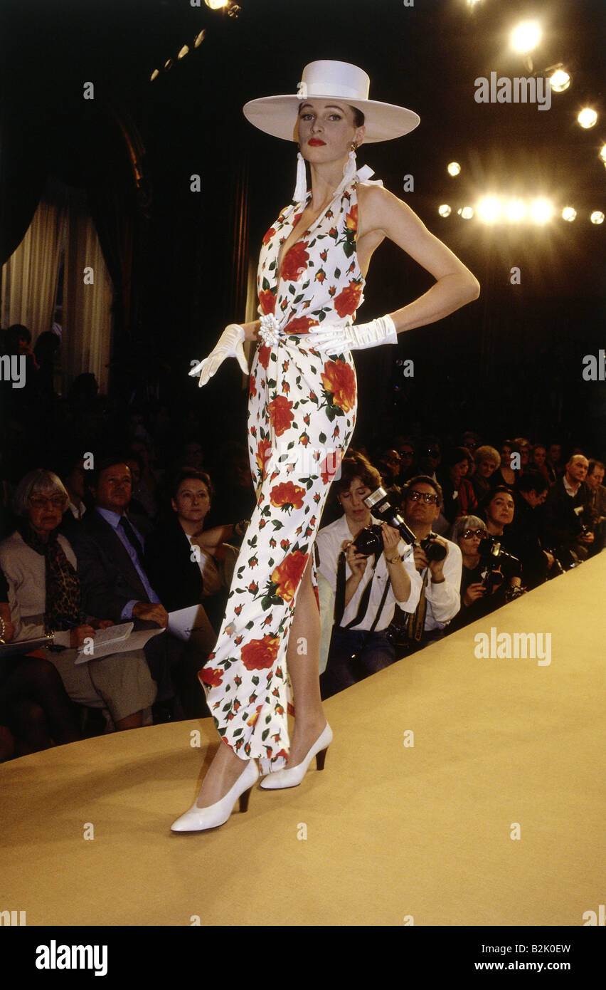 fashion, fashion show, Haute Couture, Paris, Yves Saint Laurent, summer collection 1990, Additional-Rights-Clearances - Stock Image