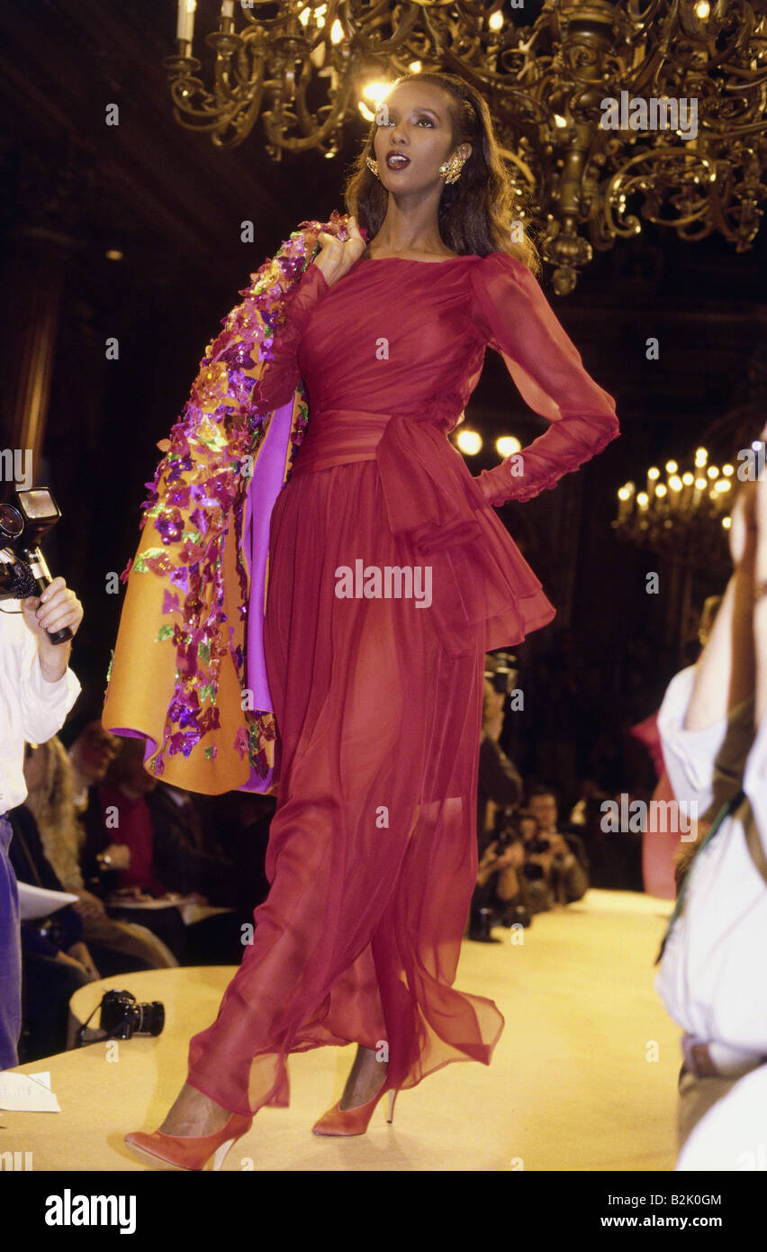 fashion, fashion show, Haute Couture, Paris, Yves Saint Laurent, summer collection 1989, Additional-Rights-Clearances - Stock Image