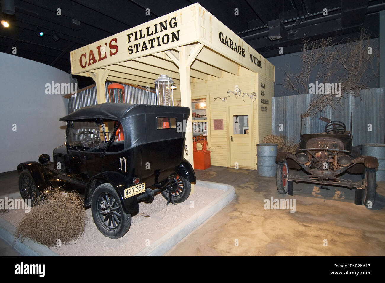 Texas Canyon Panhandle Plains Historical Museum gas filling station exhibit circa 1930s car is a 1926 Ford - Stock Image