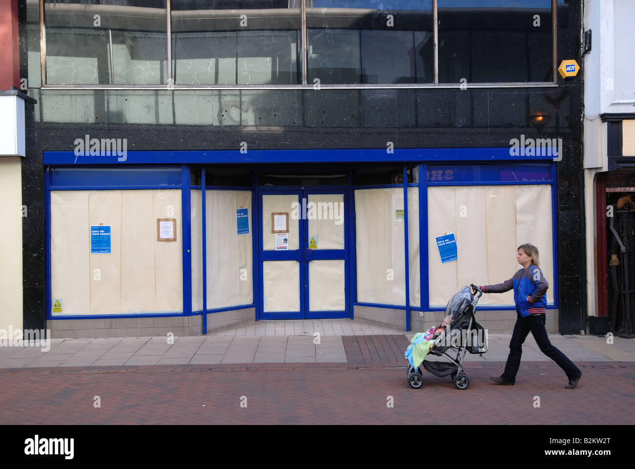 Closed down retail premises, Ipswich, Suffolk, UK. - Stock Image