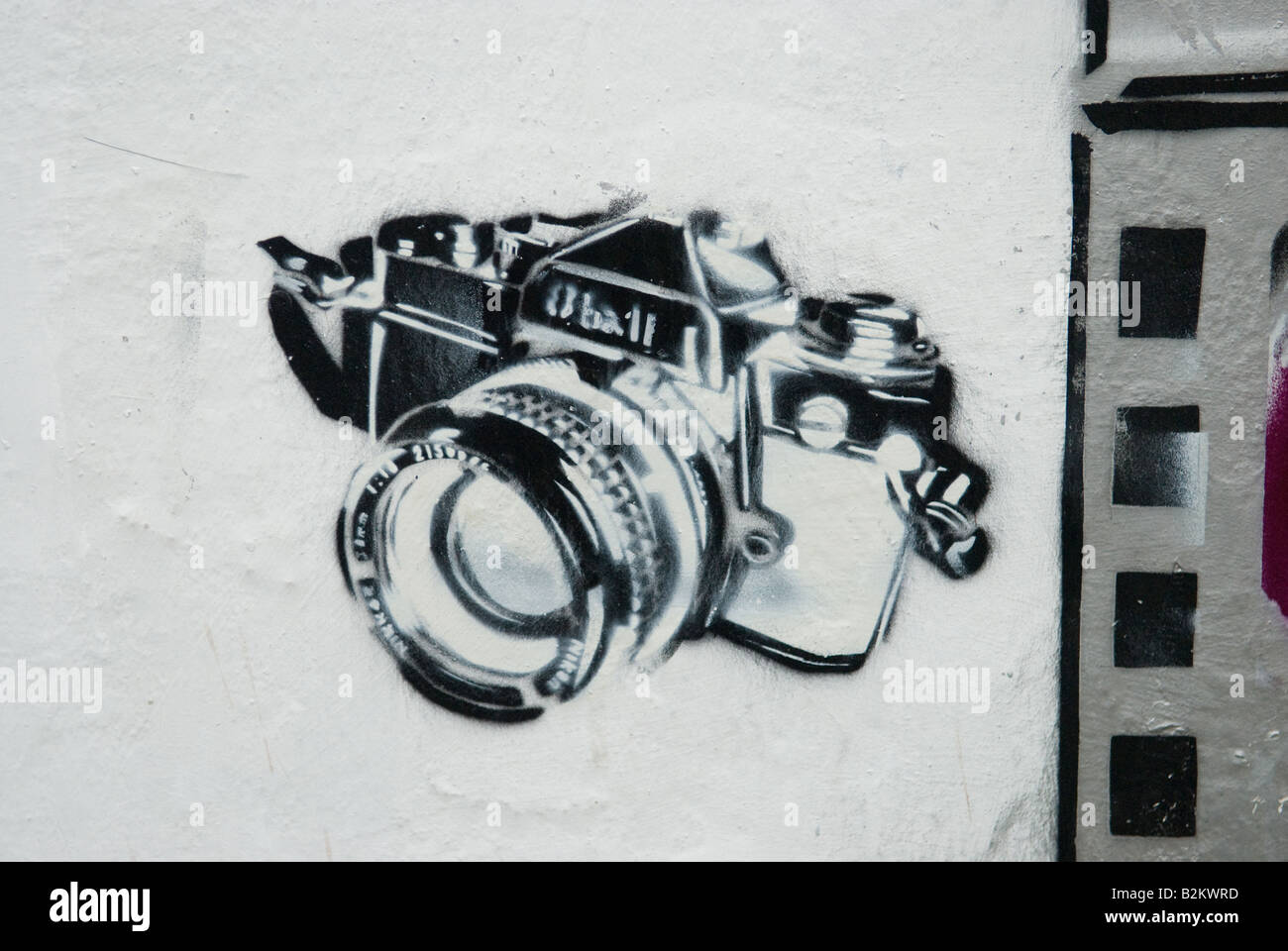 Camera Stencil Graffiti London - Stock Image